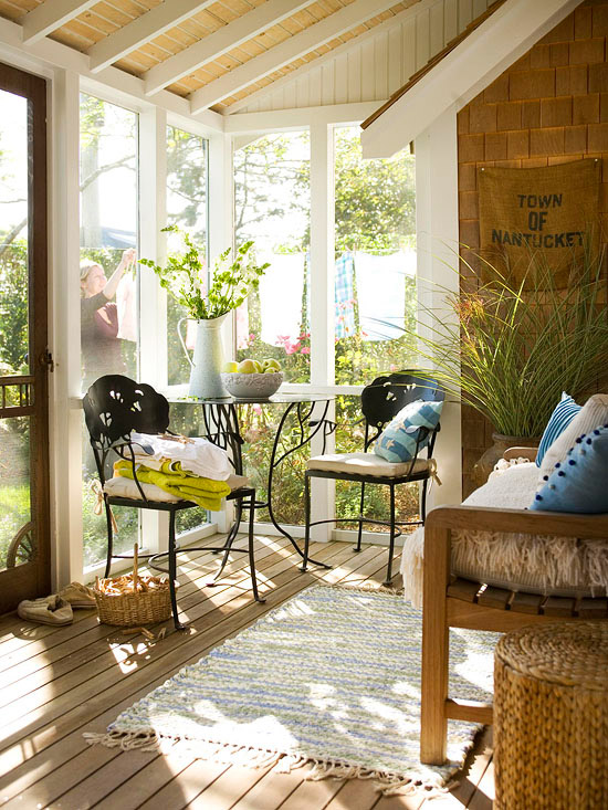 Modern Furniture: Decorating Porches Ideas For Summer 2013 on Apartment Back Porch Ideas id=13455