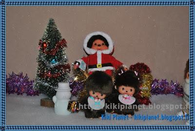 Noël, Monchhichi, bebichhichi, père-noël, père noël, santa claus, kiki, kiki de tous les kiki, sapin