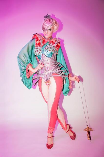Lady Josephine burlesque Montréal