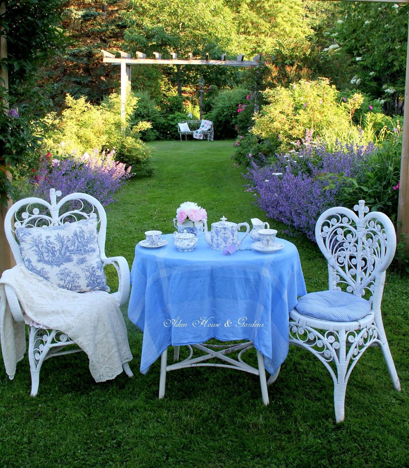 Aiken house gardens a victorian garden tea for Victorian garden room