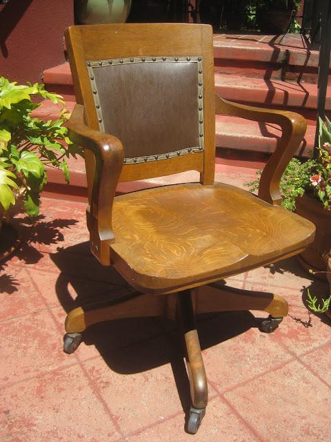 uhuru furniture collectibles sold 1930s rolling oak office chair 80. Black Bedroom Furniture Sets. Home Design Ideas