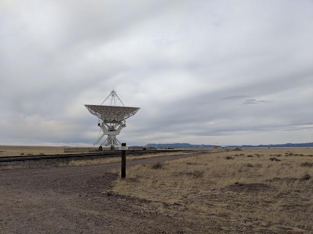 """Радіоастрономічна обсерваторія """"Дуже великий массив"""". Нью-Мексико (Very Large Array. New Mexico)"""