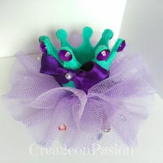 Diademas-corona-y-complementos-para-el-pelo-Crea2-con-Pasión-corona-goma-eva-purpurina-tul-abalorios-horquilla