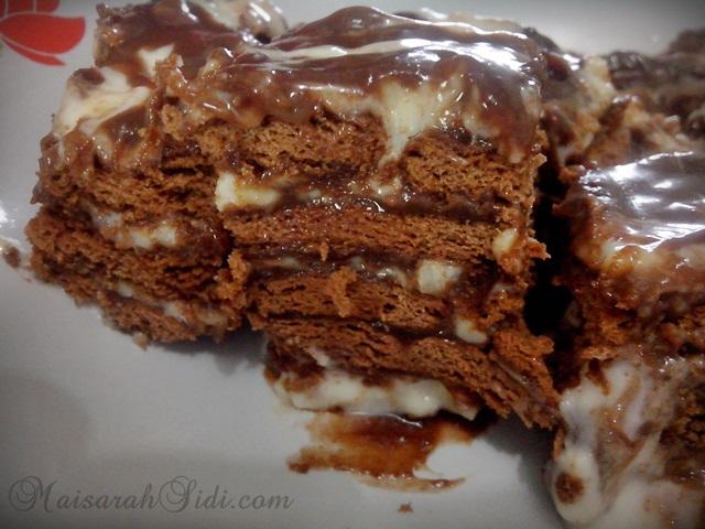 Kek Batik Lapis Keju