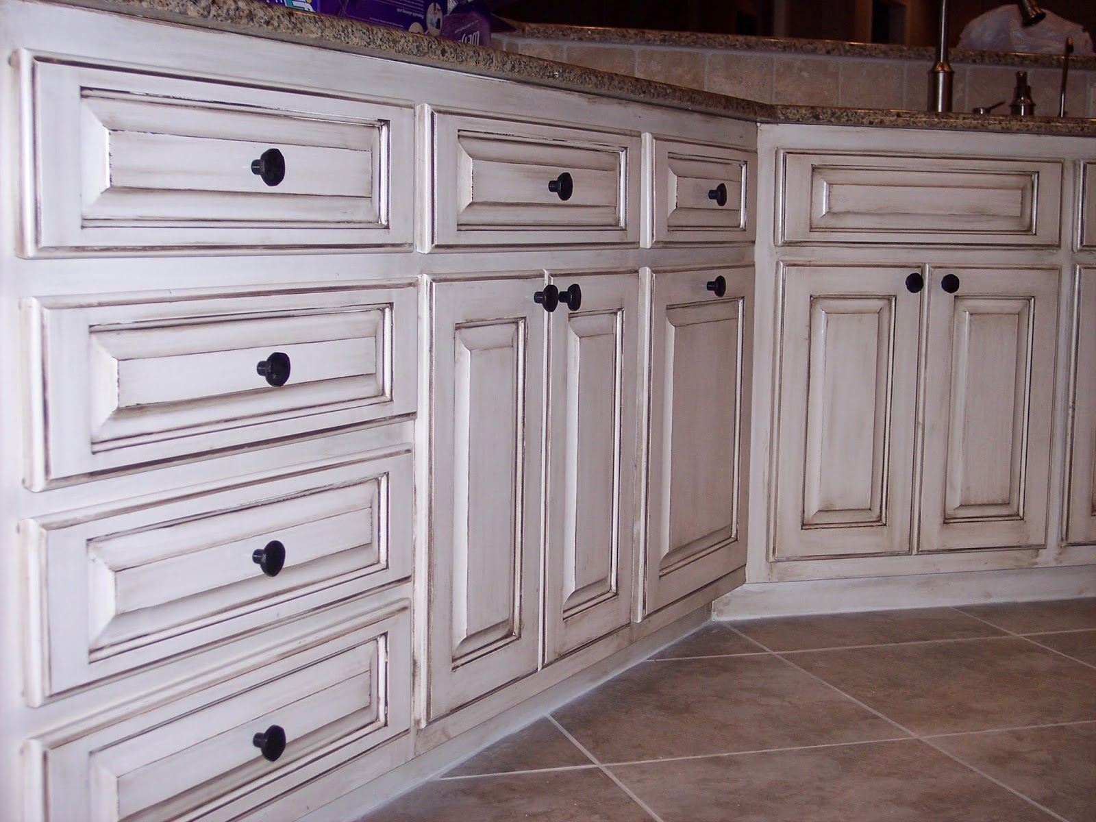 Antique White Stain Kitchen Cabinets