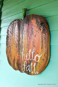 fall decor, pumpkin, reclaimed wood, DIY, the great pumpkin, jigsaw, http://goo.gl/RHR2Yq