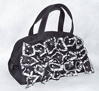 92f547744 أفكار بسيطة لتجديد حقيبة اليد القديمة ~ مـدونــة إيــمــي الـبـخــاري