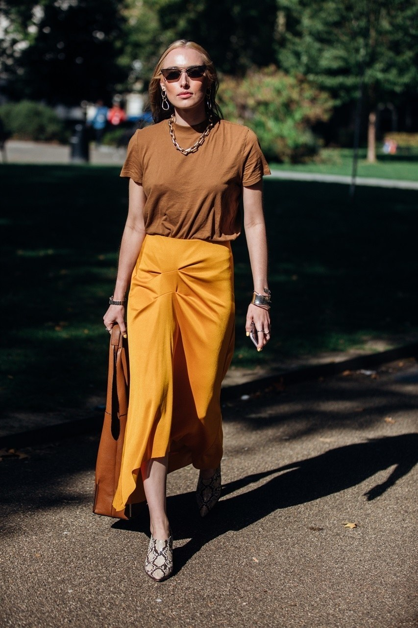 Earth-Toned Summer Outfit Inspiration — Brown T-Shirt, Orange Midi Skirt, Snake Print Shoes