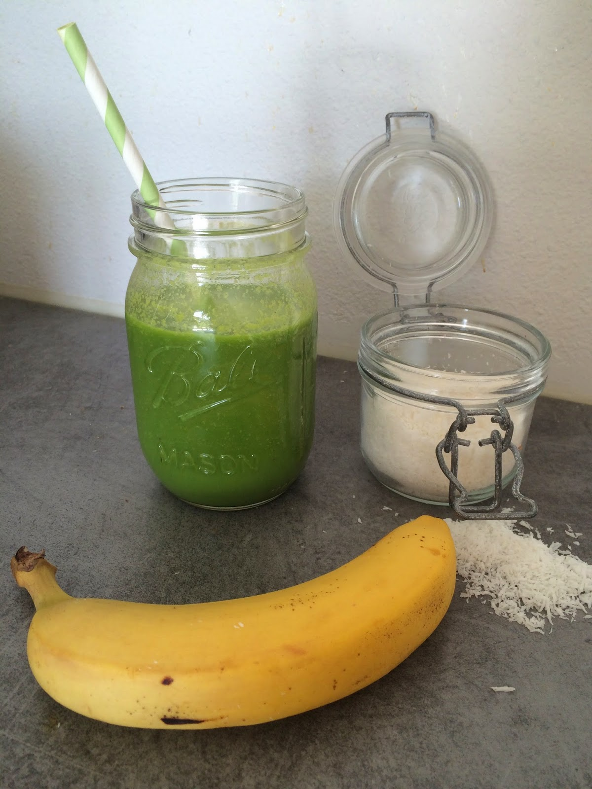 green smoothie coco