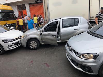 Homem morre e outro fica ferido em perseguição policial no centro de Santo Antônio de Jesus