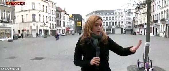 ΒΙΝΤΕΟ: ΜΟΥΣΟΥΛΜΑΝΟΣ ΕΠΙΤΙΘΕΤΑΙ ΣΕ ΔΗΜΟΣΙΟΓΡΑΦΟ ΠΟΥ ΕΚΑΝΕ ΡΕΠΟΡΤΑΖ ΣΤΙΣ ΒΡΥΞΕΛΛΕΣ...!!!