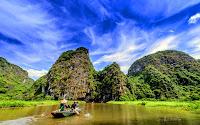 Mùa vàng Tam Cốc dịu đẹp trong ảnh check-in của khách Tây