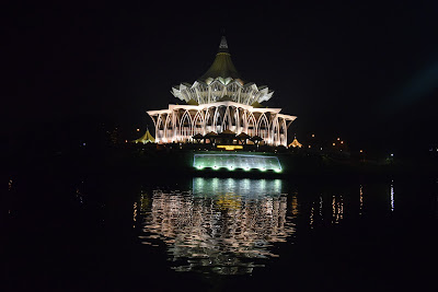 Trip to Sarawak Part 1: Dari Stay di Imperial Riverbank Hingga Dinner di Top Spot dan Eksplor Kuching Waterfront