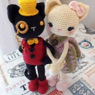 http://PATRON GRATIS GATO AMIGURUMI 29360.com/free-patterns/993-cat-couple-amigurumi
