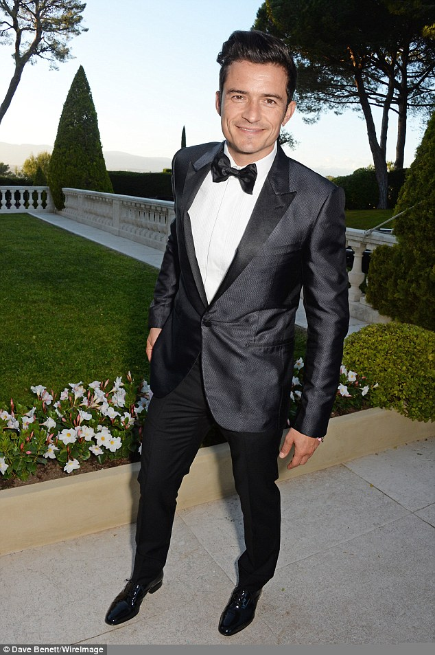 Orlando Bloom, who had arrived to support Katy, looked handsome as ever, displaying his new earring