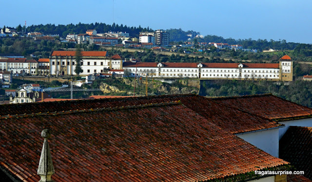 O Convento de Santa Clara visto do pátio da Universidade de Coimbra