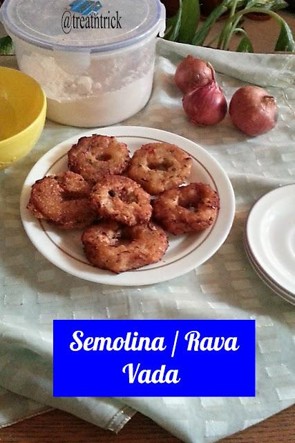 Semolina/Rava Vada Recipe @ treatntrick.blogspot.com