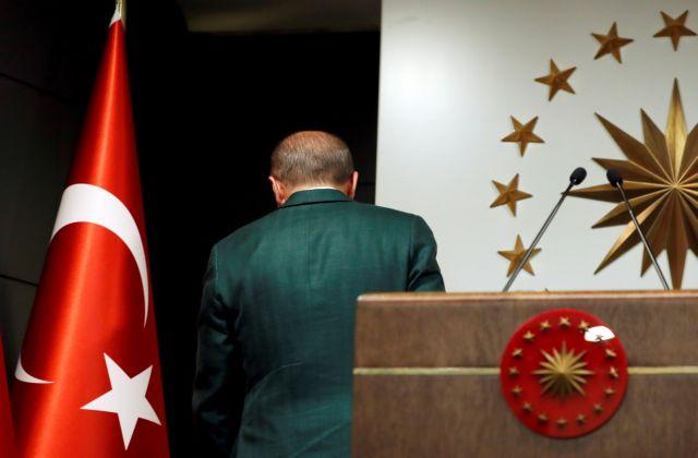 Τα ρίσκα για την Τουρκία από την εκλογική ήττα Ερντογάν