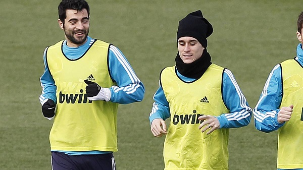 Raul Albiol và Callejon trở về Real Madrid