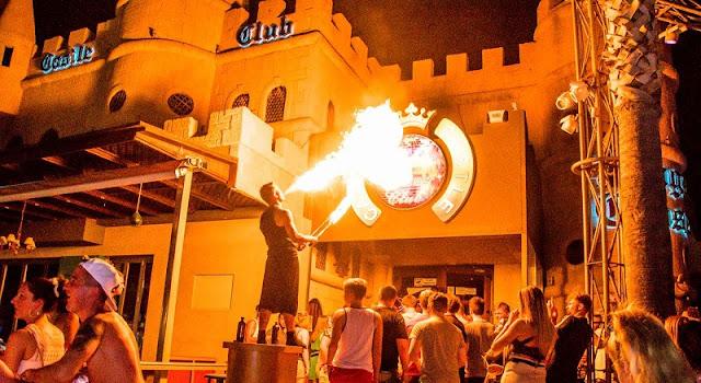 Camelot Castle Club, Creta