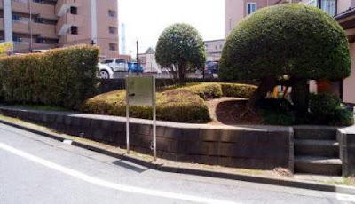 長坂橋の地蔵尊