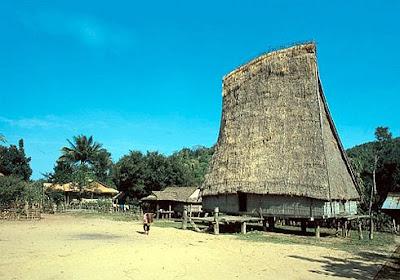 Nhà rông Kon K'Tu Kon Tum