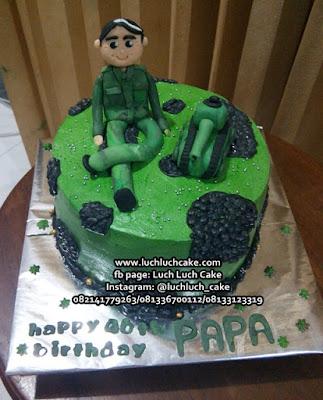Kue Tart Tentara Untuk Papa