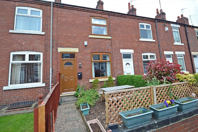 This Is Wakefield Property - 2 bed terraced house for sale Wauchope Street, Wakefield WF2