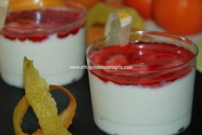 Crema de peras, limón y fresas