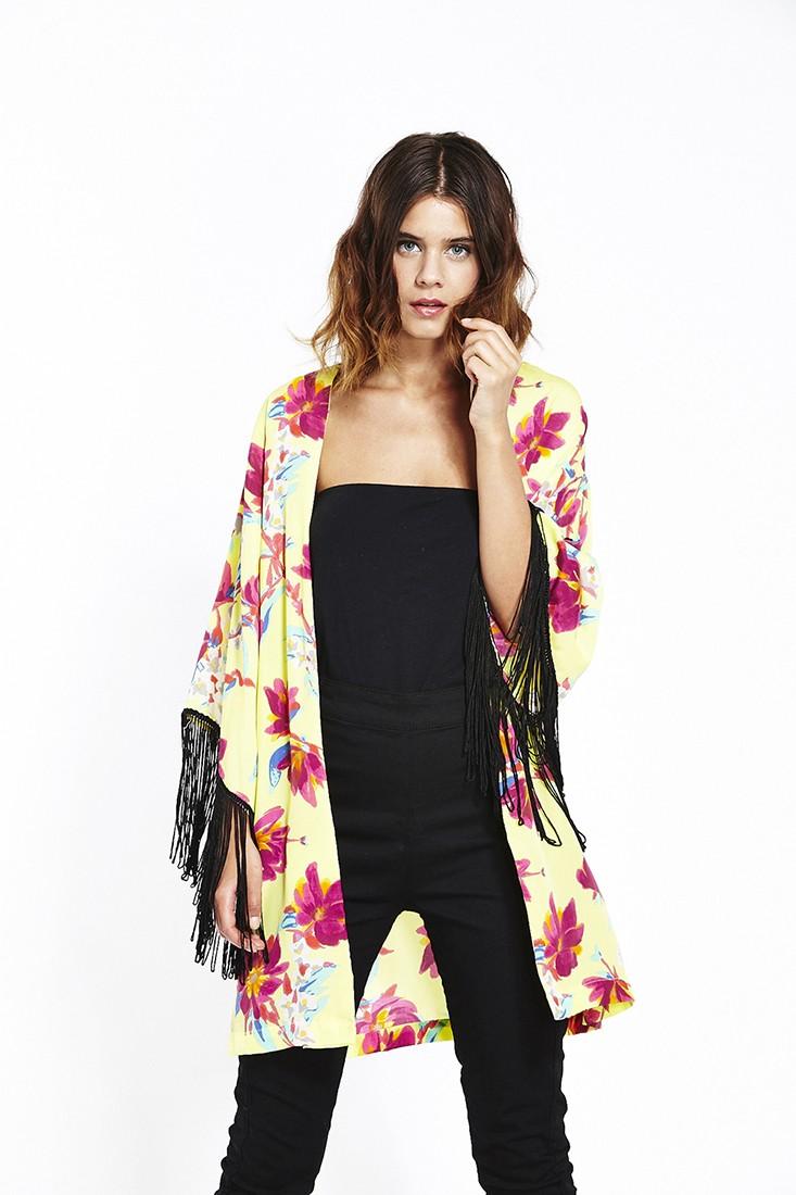 Kimono Inspired Dress W Flower Crown Quilted Bag Neon: LIQUORISH: Summer Trend
