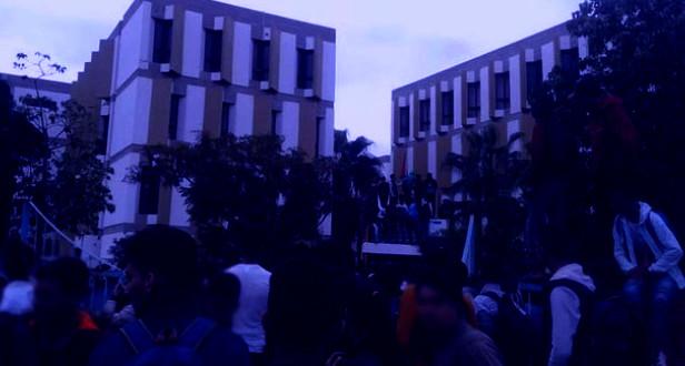 هكذا تدخلت سلطات إنزكان لمنع مسيرة احتجاجية للتلاميذ صوب مقر مديرية التعليم