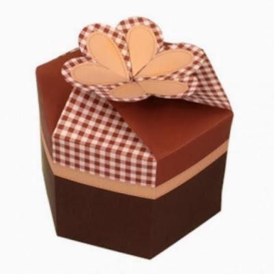 in hộp đựng quà tặng
