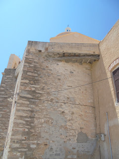 o καθολικός ναός της Παναγίας του Καρμήλου στην Άνω Σύρο