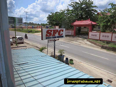 Sung Fried Chicken Bintan Dari Atas