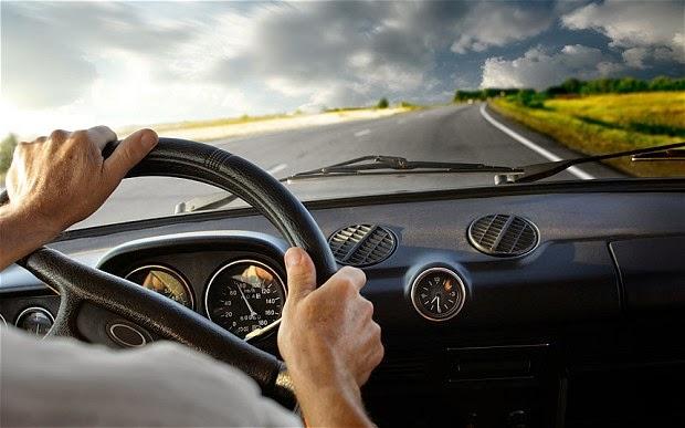 Làm sao để lái xe an toàn khi du lịch cùng con nhỏ ?