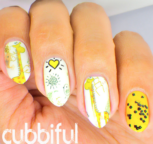 Cute Giraffe Waterdecal Nails
