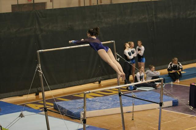 Senam Umum (General Gymnastics)