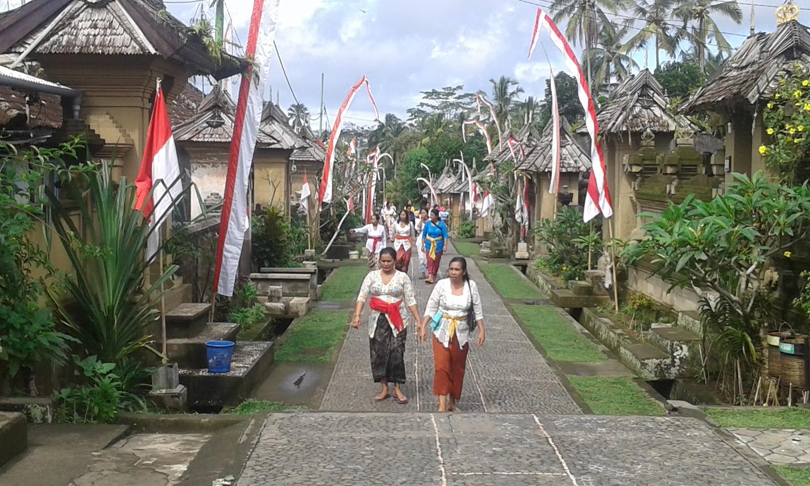 Managament And Journal Nuansa Wisata Adat Tradisional Bali