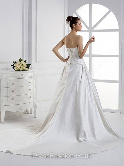 http://www.dressfashion.co.uk/product/princess-strapless-elastic-woven-satin-court-train-ruffles-wedding-dresses-3098.html?utm_source=minipost&utm_medium=1173&utm_campaign=blog