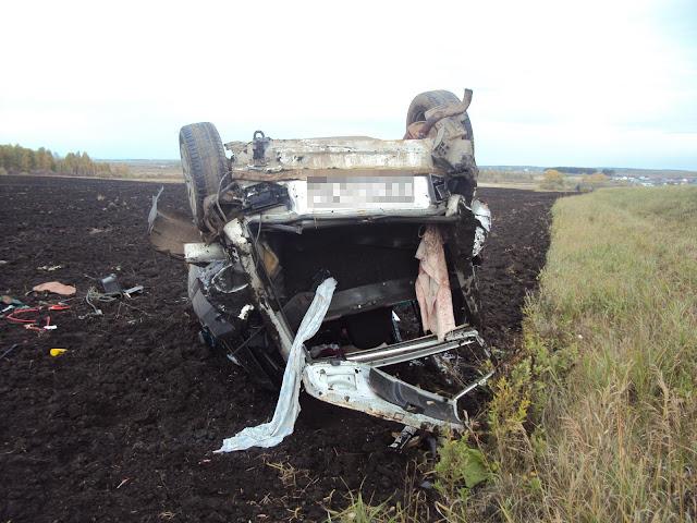 В Башкирии перевернулась машина, погиб водитель