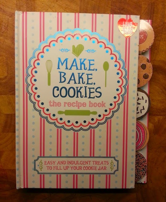 Make, Bake, Cookies biscuit recipe book review from Parragon
