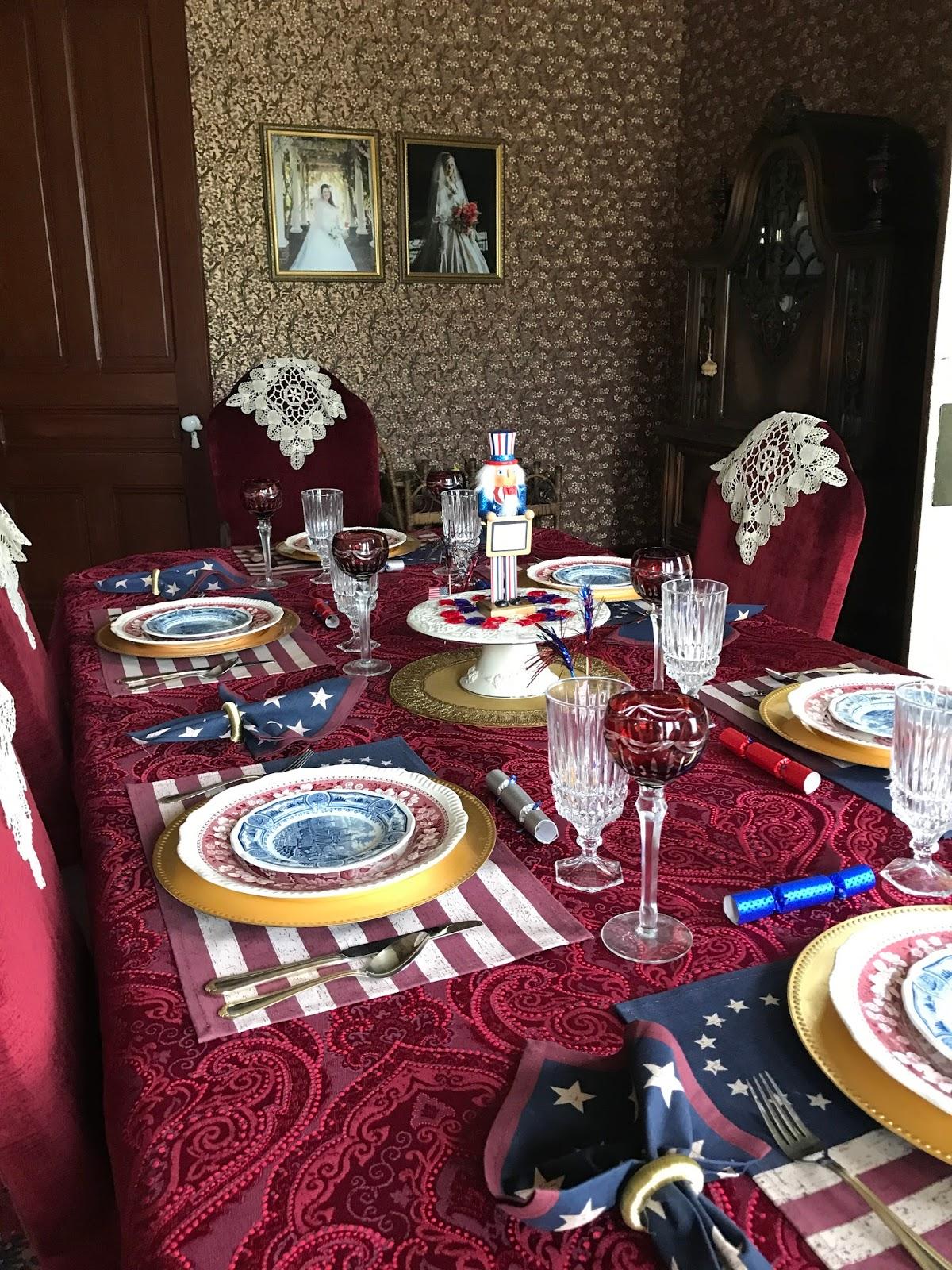 Carolinajewel S Table