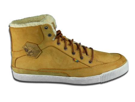 fcd0f82e08b Het assortiment Mistral schoenen omdat onder andere sneakers,  vachtlaarsjes, booties, ...