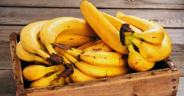 Banana Benefits: 20 Reasons To Eat 3 Everyday