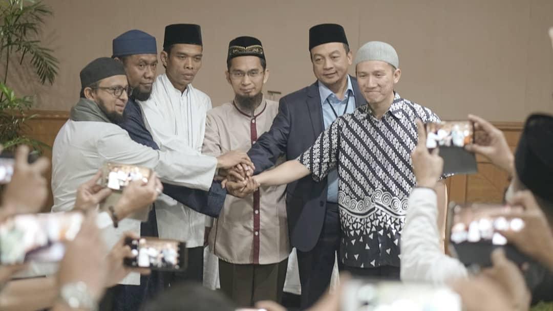 TGB Dukung Jokowi Dua Periode, Begini Tanggapan Mengejutkan Ustadz Bachtiar Nasir