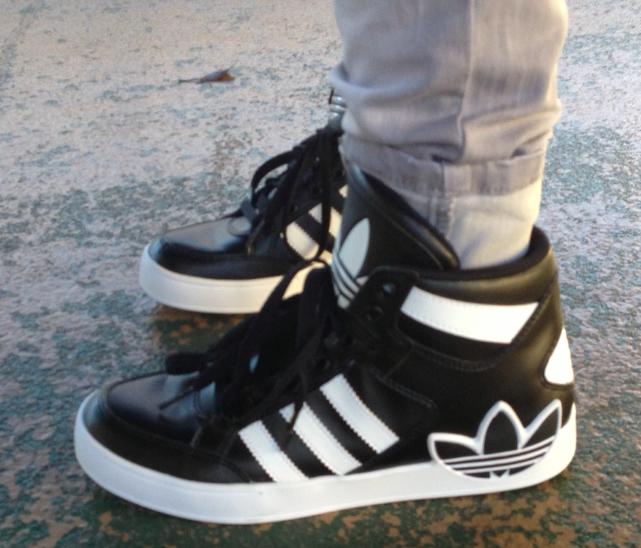 Vigilante Cuota de admisión mudo  I Heart Lee Hyuk Jae adidas: My First adidas Kicks...LOVE...L-O-V-E My New  Kicks...adidas Hyukie Style...