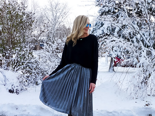 Holiday Outfit Idea: Metallic Pleated Skirt