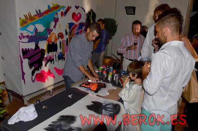 Fiesta de camisetas pintadas en directo