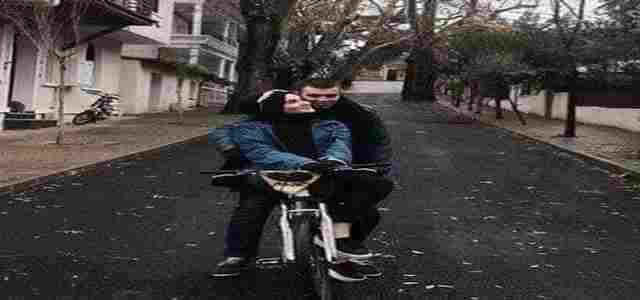 حب على الدراجة