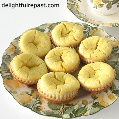 Maids of Honour Tarts - Traditional English Tarts - perfect for your next afternoon tea party / www.delightfulrepast.com